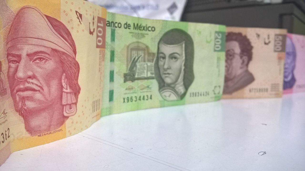 pesos-billetes-aguinaldo-economia