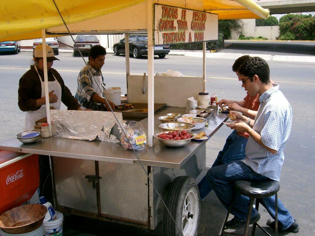 Nunca olvidaré los primeros tacos de pescado que comí en México; aquí la receta