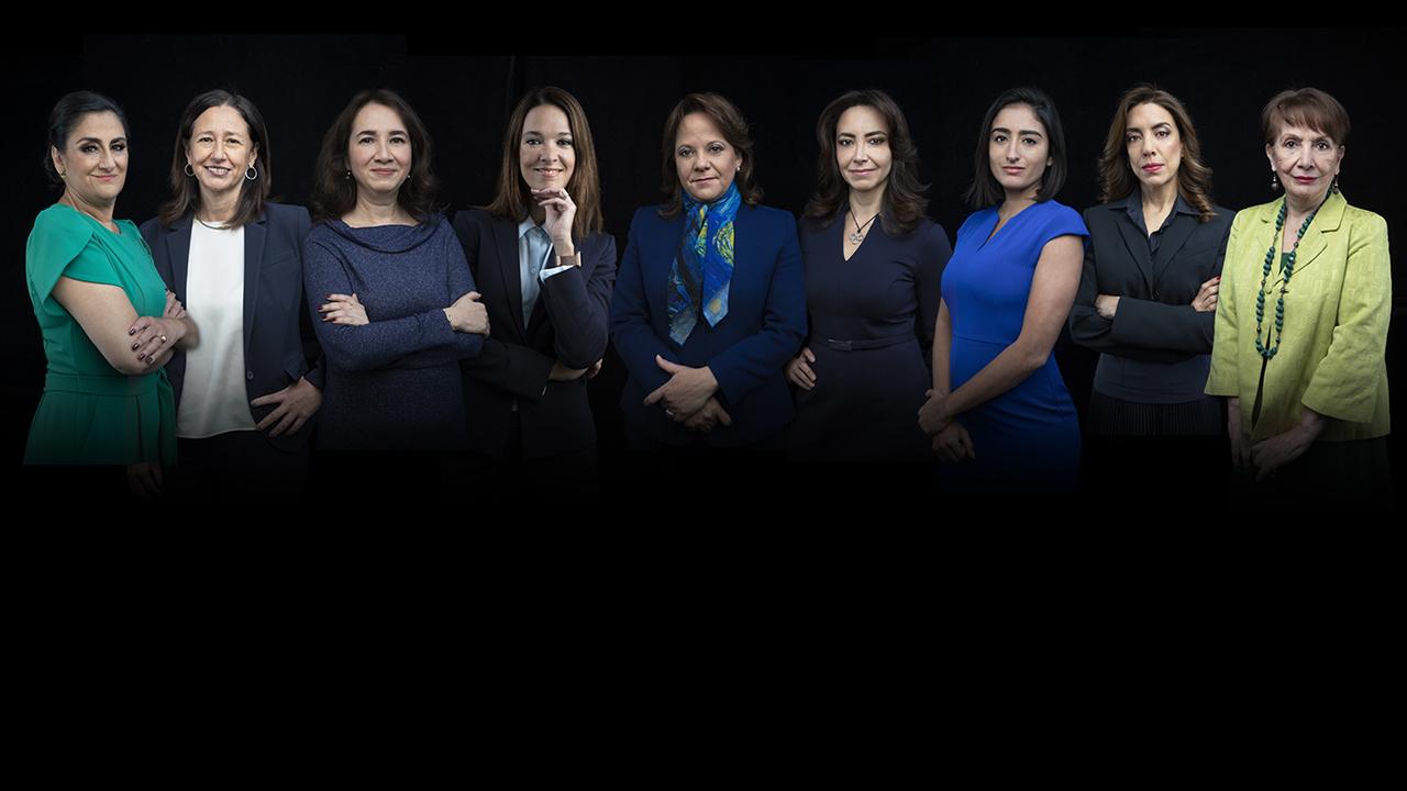 Especial mujeres que trajeron la vacuna - foto grupal
