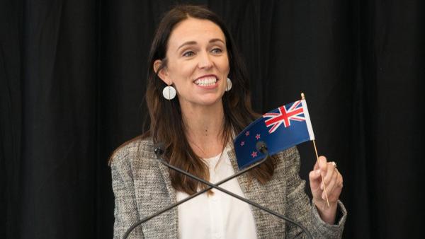 'Trato de transformar las dudas en algo más positivo': Jacinda Ardern, líder de Nueva Zelanda