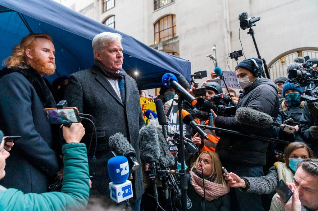 Una década después, el destino de Julian Assange sigue siendo incierto