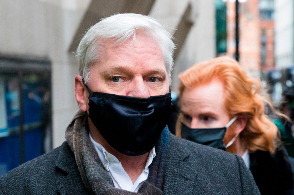 Niegan libertad bajo fianza a Julián Assange