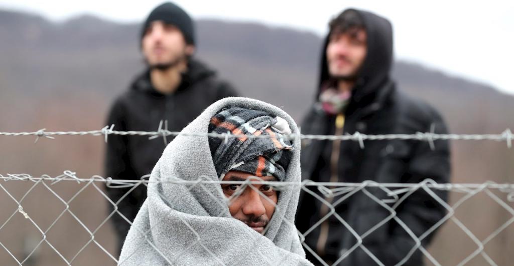 Presionan a líderes globales para reservar  vacunas Covid para los refugiados