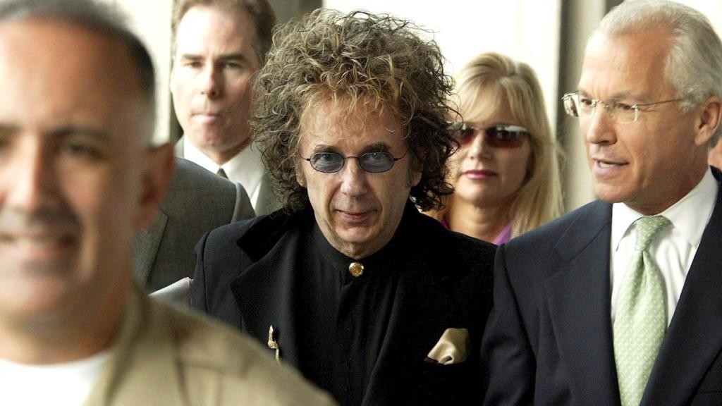 Phil Spector, el hechicero que encantaba con la promesa de fama y fortuna musical