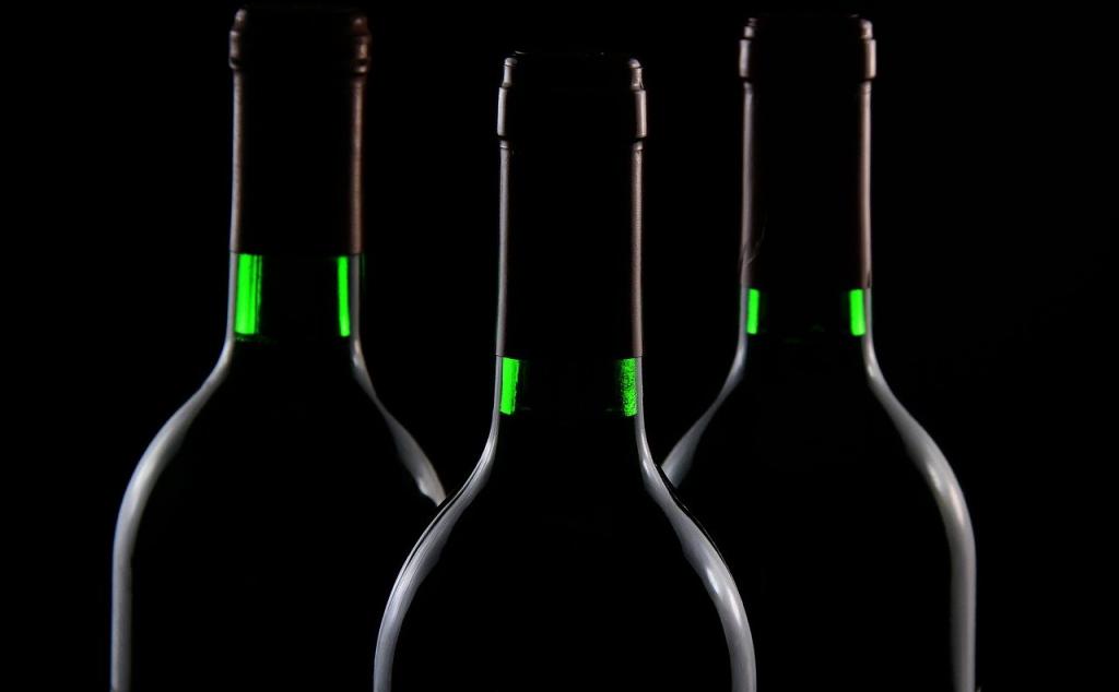 Ladrones arrojan vino de Borgoña a los gendarmes que los perseguían