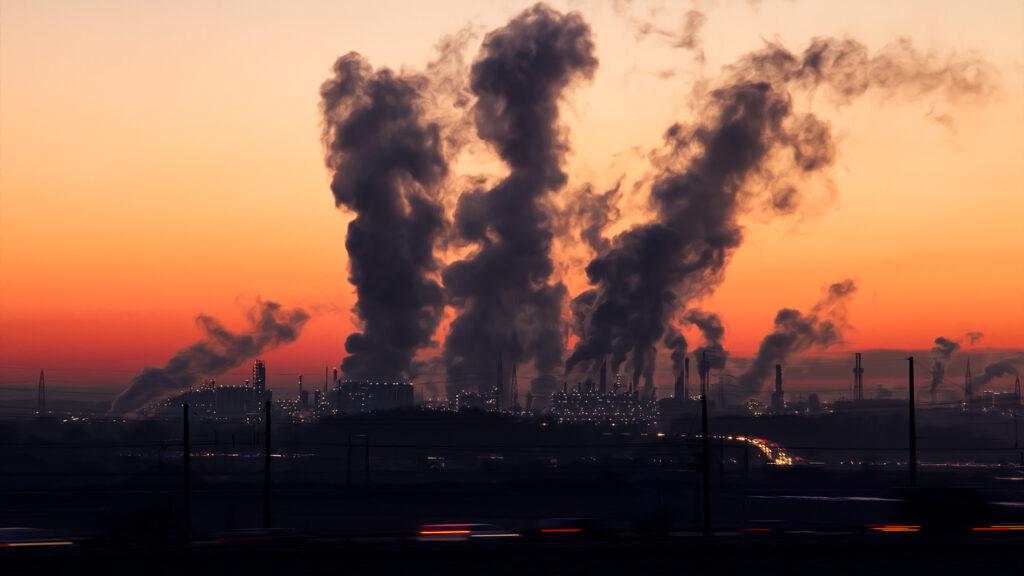 La contaminación atmosférica provocará migraciones masivas, según expertos
