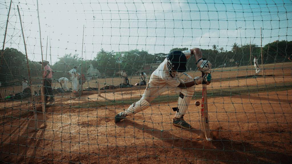 Publicidad en las axilas, el nuevo rincón publicitario en el cricket de Australia