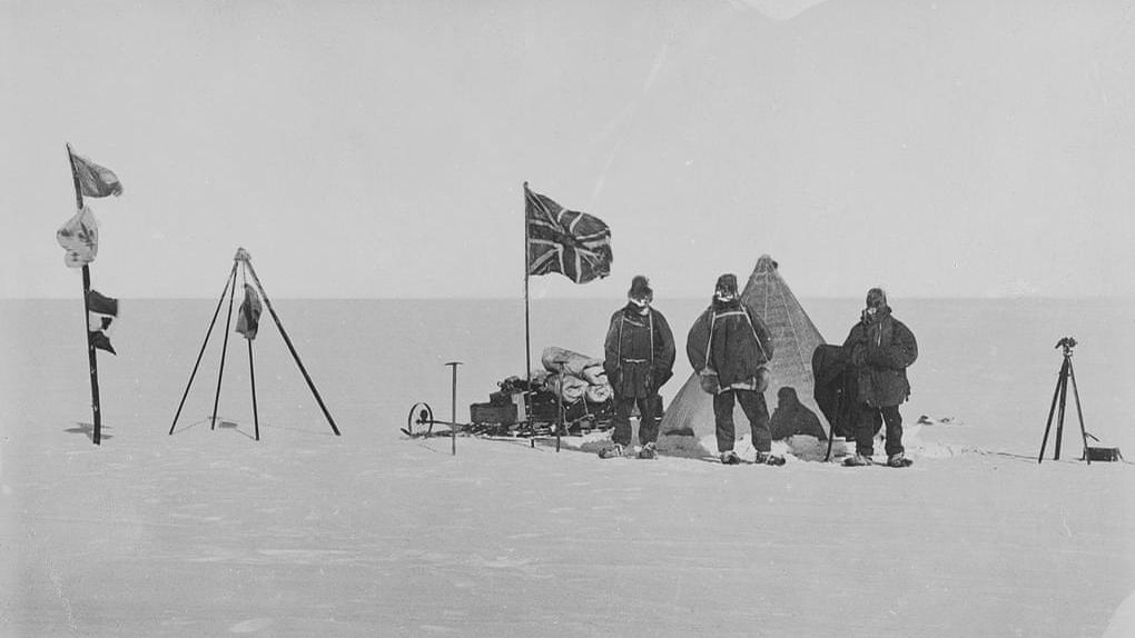 Trineo y bandera de la expedición de Shackleton al Polo Sur se quedarán en Reino Unido