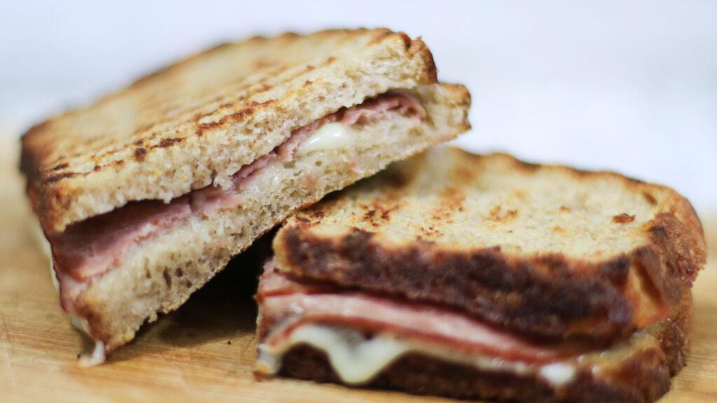 Holanda decomisa sándwiches de choferes que llegan del Reino Unido
