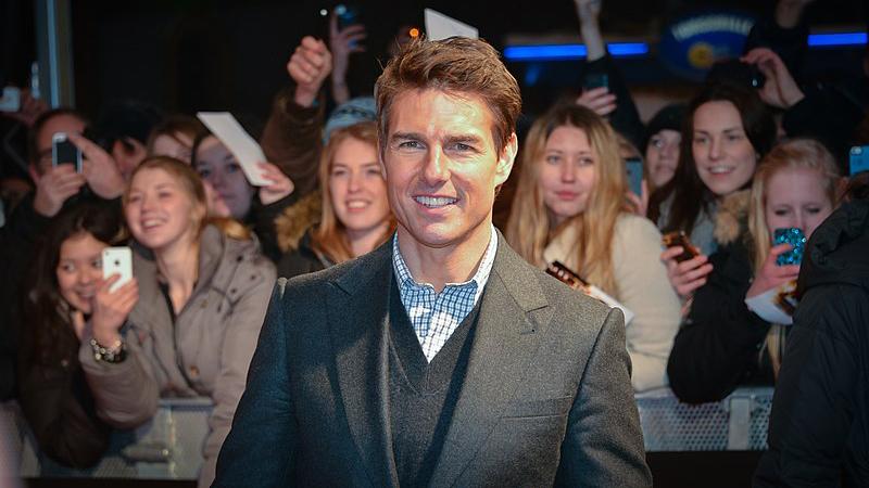 Tom Cruise y su costumbre de mandar pasteles por correo