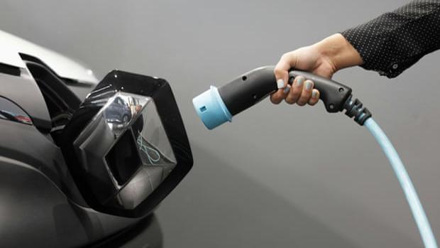 Producen baterías para autos eléctricos con tiempo de carga de cinco minutos
