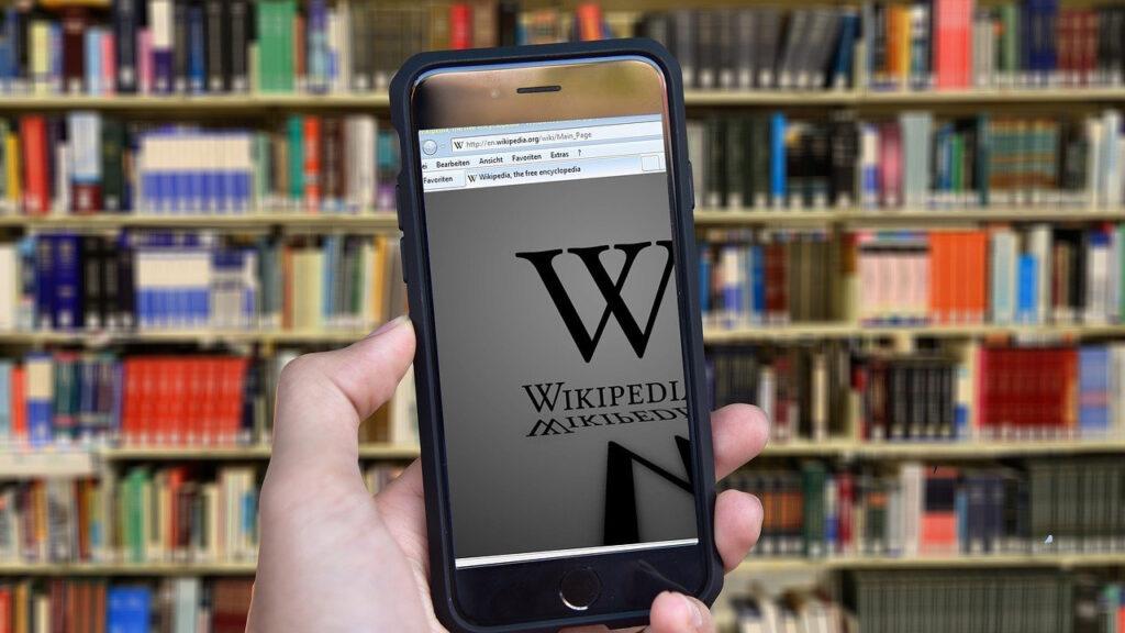 Wikipedia: ¿último suspiro de una visión de internet o un faro para un futuro mejor?