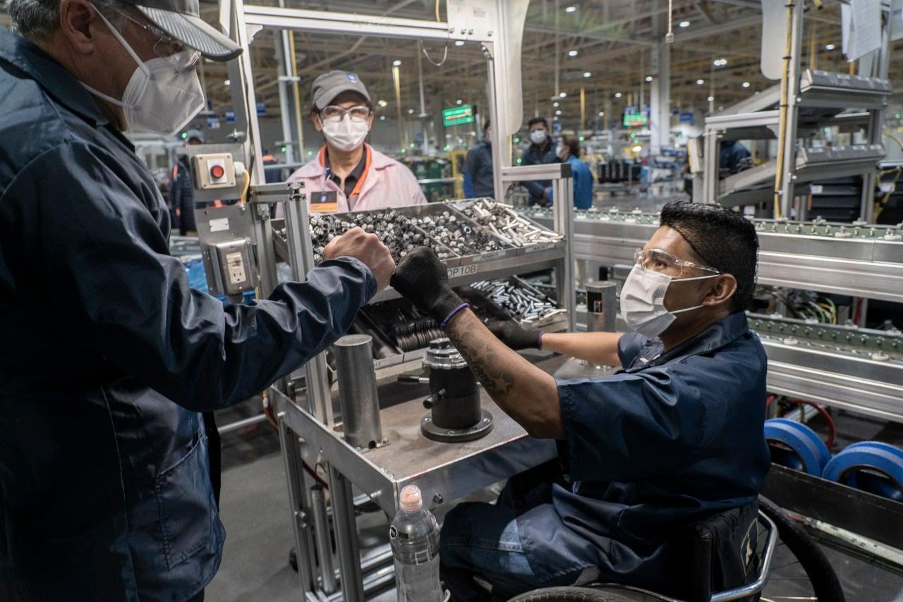 industria automotriz, planta, fábrica industria, industrias, empleo, trabajo, empleado, empleados