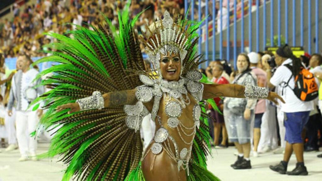 'No hay alegría': Río llora la pérdida del ruido y la pasión del carnaval