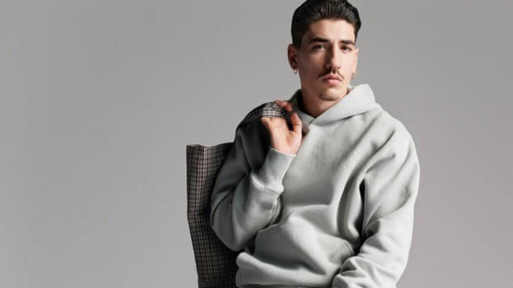 El futbolista Héctor Bellerín se une al equipo de los 'influencers' de la moda