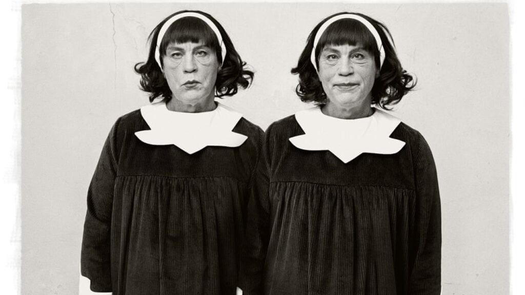 John Malkovich como gemelas espeluznantes: la mejor foto de Sandro Miller