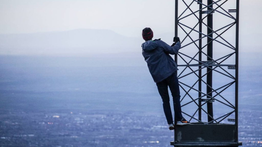 Muy lejos, el despliegue 5G en México