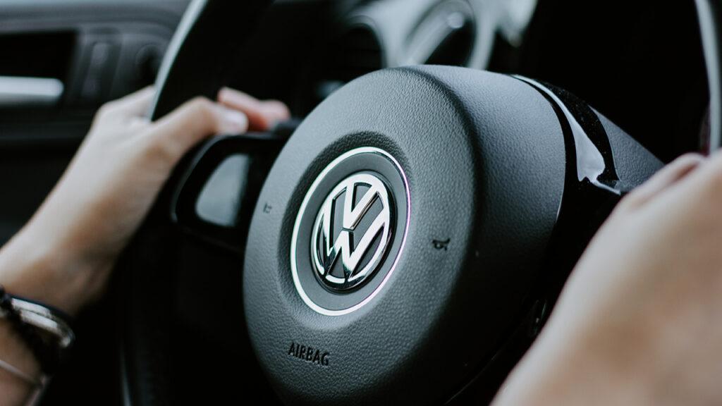 Plantas de VW y Audi en México paran para reducir consumo de gas tras apagón
