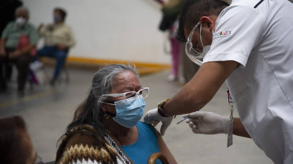 Las vacunas Covid hechas para finales de 2021 podrían inocular al 70% del mundo