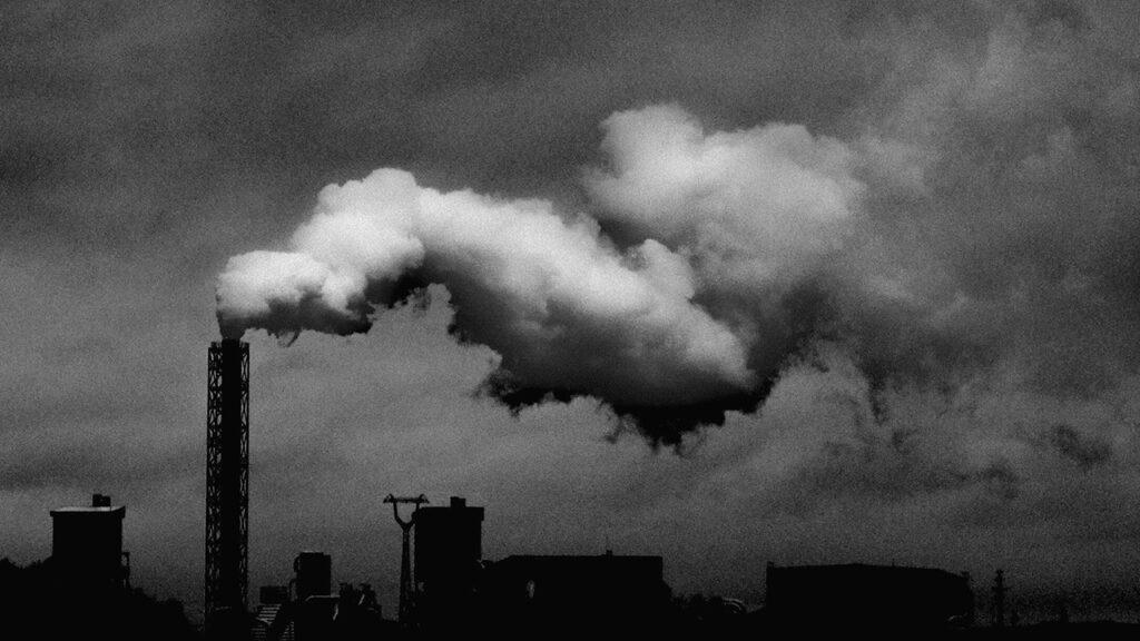 La contaminación atmosférica incrementa el riesgo de infertilidad: estudio