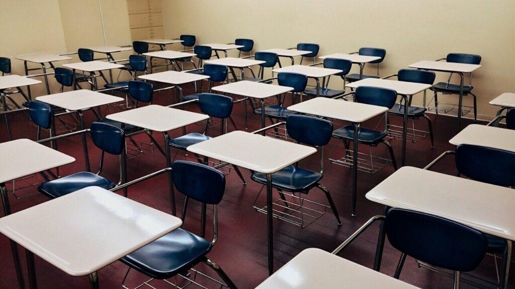 Escuelas particulares anuncian reinicio de clases presenciales a partir del 1 de marzo