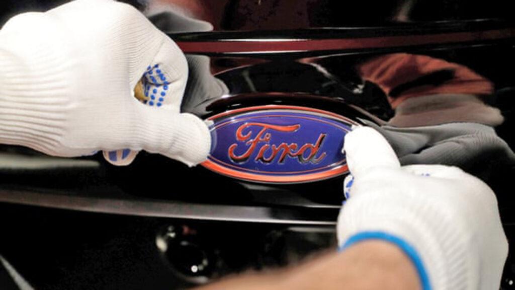 Ford planea vender sólo autos eléctricos en Europa para 2030