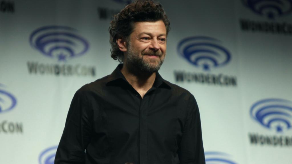 Andy Serkis: 'Me la paseaba gateando para preparar mi papel de Gollum'