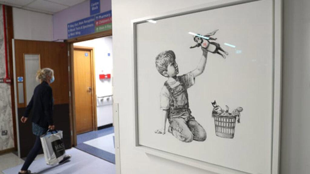 Subastan un cuadro de Banksy en beneficio del servicio de salud del Reino Unido