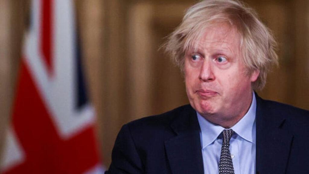La 'codicia' y el capitalismo, parte del éxito de las vacunas: Boris Johnson al Parlamento