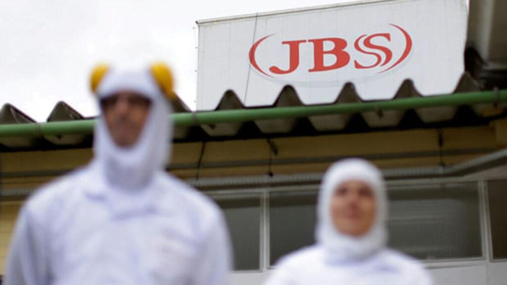 La brasileña JBS promete cero emisiones de gas invernadero para 2040