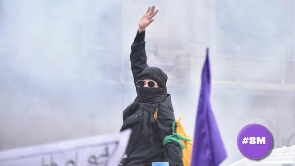 Las marchas del 8M en México se tornan violentas, mientras aumenta la tensión con AMLO