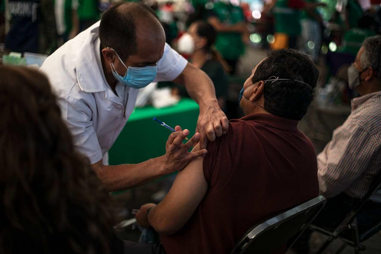 vacunacion, vacuna, vacunacion adultos mayores mexico coornavirus
