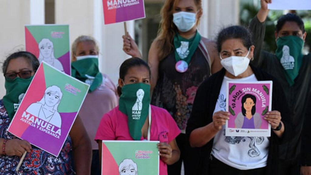 Las leyes de aborto en El Salvador a juicio por el caso de una mujer encarcelada por aborto espontáneo