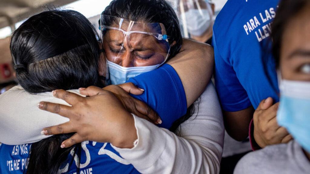 'Sólo nosotros sabemos lo que hemos visto': migrantes del 'Quédate en México'