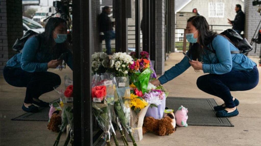 El FBI, bajo presión para combatir crímenes de odio antiasiáticos después del tiroteo de Atlanta