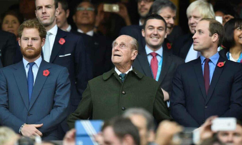 El príncipe Felipe querría que la familia real siguiera adelante con el trabajo: Guillermo