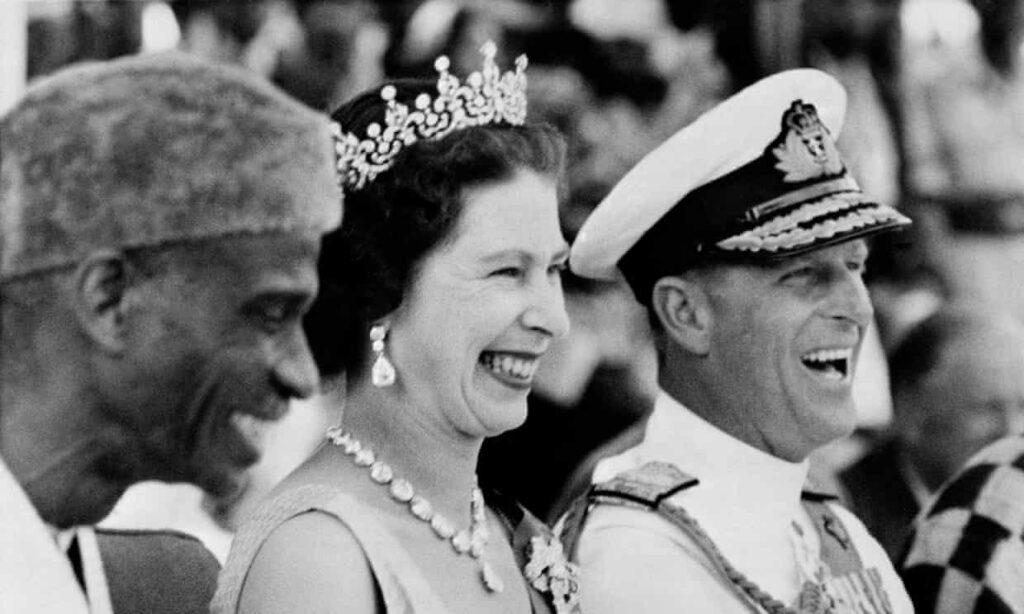Podemos llorar por el príncipe Felipe, pero no por la monarquía