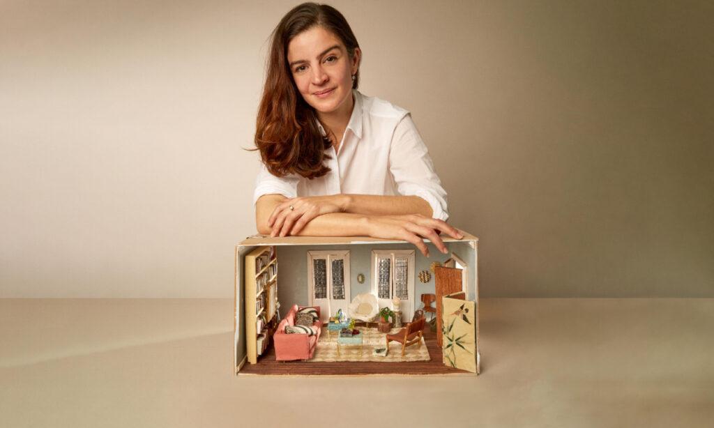 Carmen Mazarrasa, la miniaturista que construye casitas de encanto