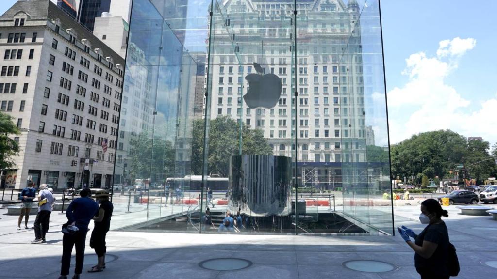 Las ventas de Apple aumentan a 90 mil MDD debido a la fiebre de compras por el Covid
