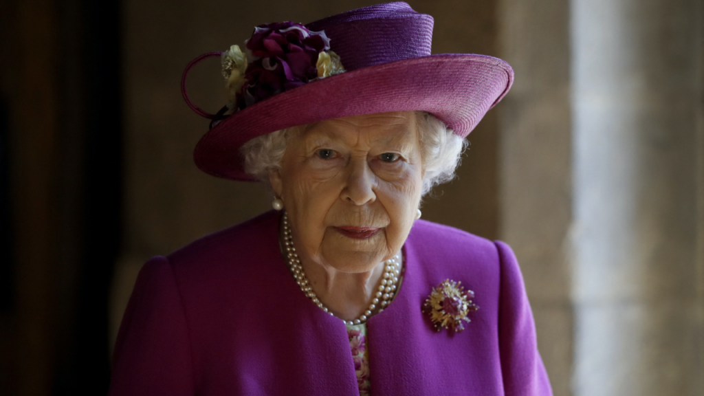 La Reina Isabel II cumple 95 años a unos días del funeral del príncipe Felipe