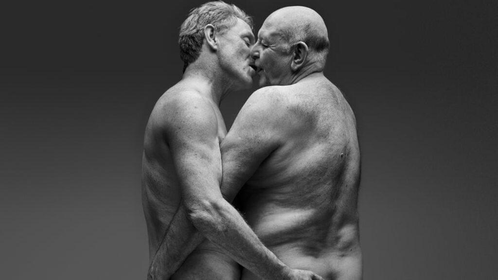 El amor al ocaso: estos carteles celebran la dicha del sexo a edad avanzada