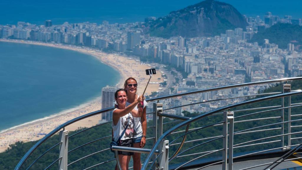 La pandemia golpeará más fuerte a las economías dependientes del turismo: FMI