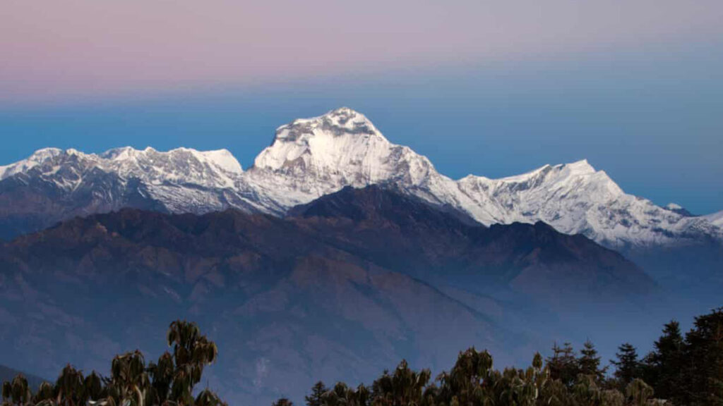 Nepal registró 19 casos positivos de Covid en el campamento de base del Dhaulagiri