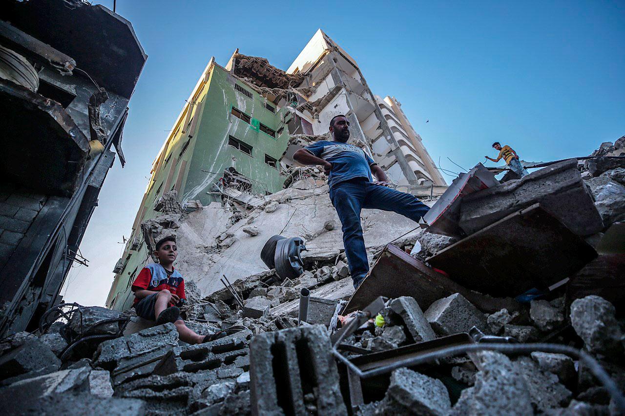 Foto de una ciudad de gaza bombardeada