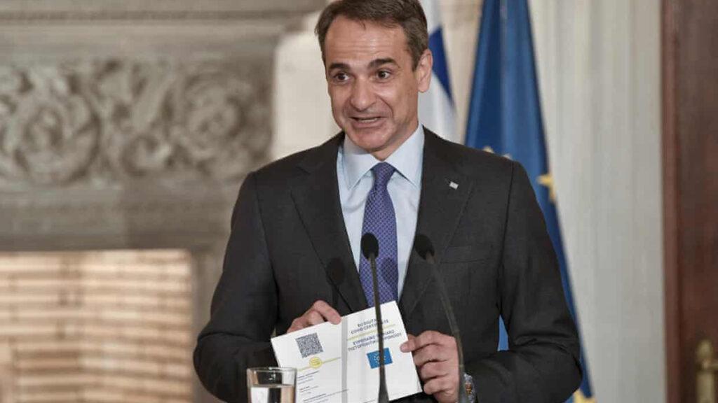 Grecia presenta el primer pasaporte Covid de la Unión Europea como 'vía rápida para viajar'