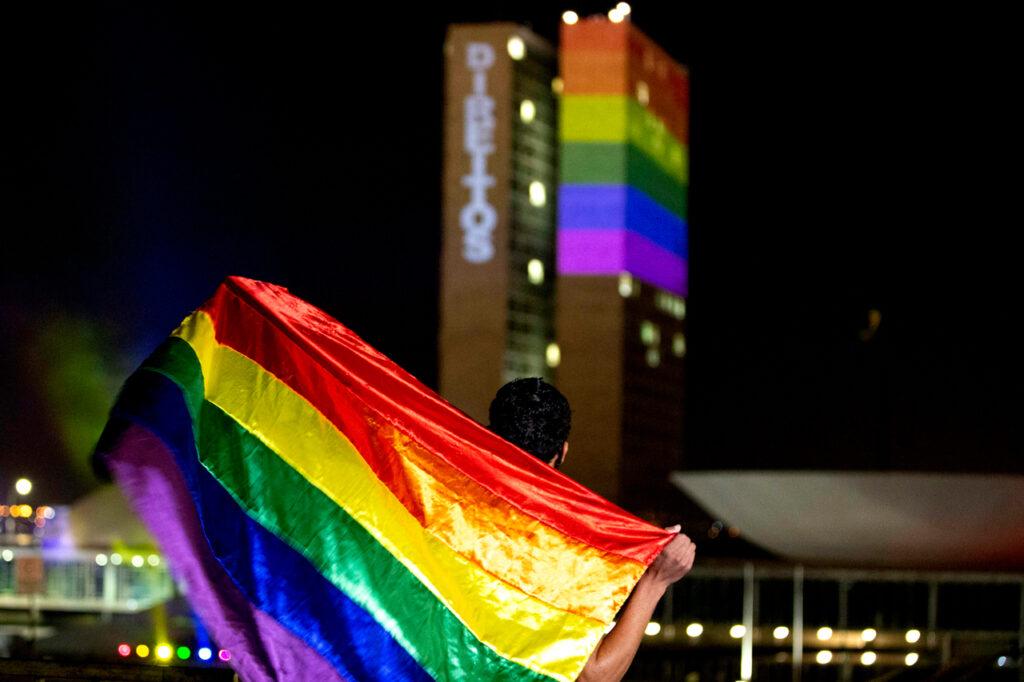 Más de la mitad de los jóvenes LGBT ha sufrido acoso escolar: UNESCO