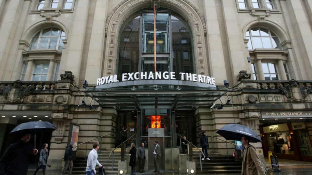 Los teatros de Reino Unido prometen dar los papeles trans exclusivamente a actores y actrices trans
