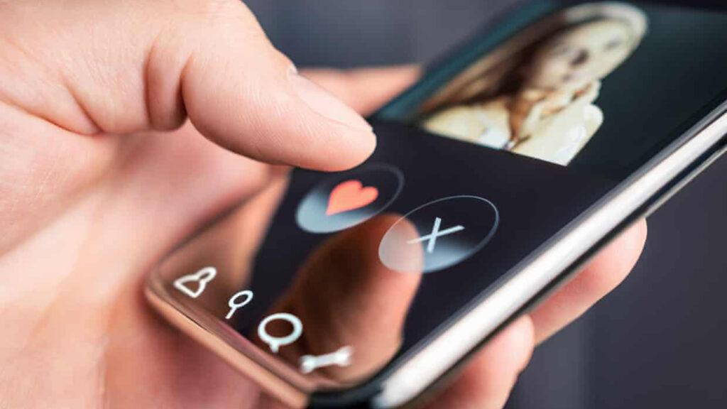 Las apps prometían revolucionar las citas, pero para las mujeres casi todas son terribles