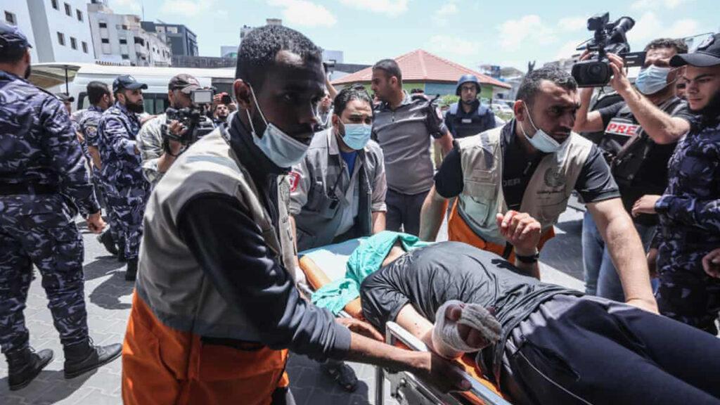 'Destrucción masiva': la tensión que aqueja los hospitales de Gaza tras los ataques israelíes