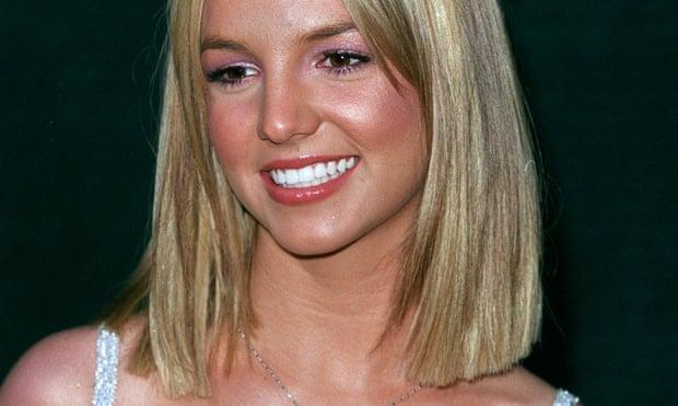 Britney Spears mostró a las niñas cómo crecer, pero a ella nunca se le permitió hacerlo